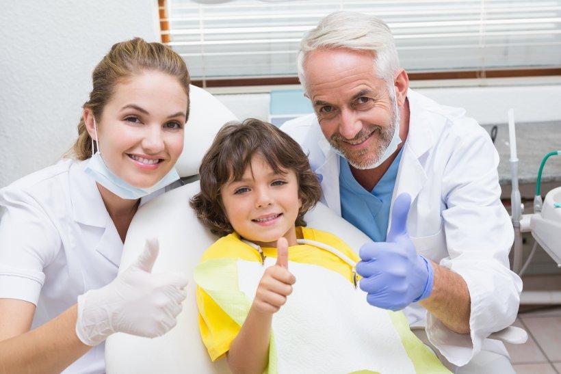 Адаптация детей к приему стоматолога: здоровые зубы без стресса
