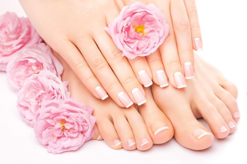 Какие болезни можно определить по цвету и размеру полумесяца на ногтях?