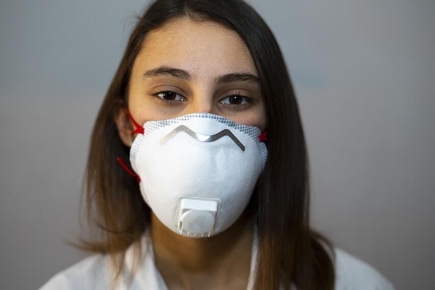 Что делать, если из-за ношения маски возникают проблемы с кожей лица?