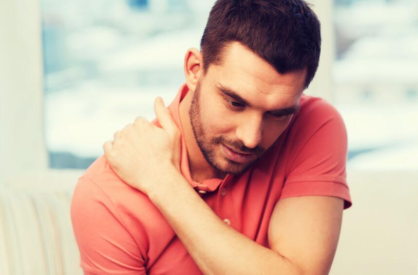 В каких случаях игнорировать хруст суставов опасно для здоровья?