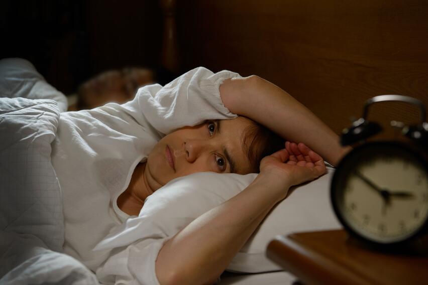 Как научиться засыпать за 1 минуту?
